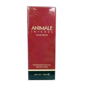 4438090-animale-intense.jpg